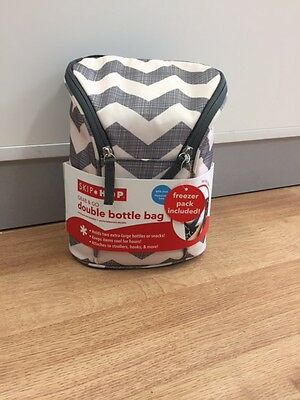 Skip Hop - Grab and Go Double Bottle Bag - Chevron Insulated Bag