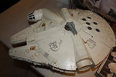 Vintage Star Wars Empire Strikes Back Millenium Falcon with Box Works