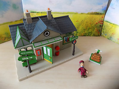 Postman Pat Greendale Train Station Playset + Ajay Figure