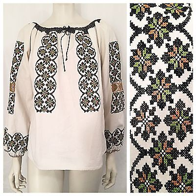vintage 60s 70s hand embroidered Romanian peasant top blouse shirt hippie boho M