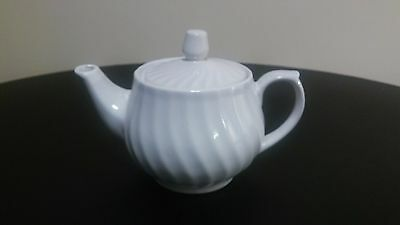 White Porcelain Creamer with Removable top