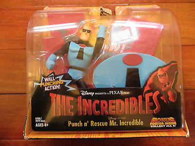 Disney The Incredibles Punch n Rescue Mr Incredible Wall Action New!