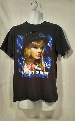 Taylor Swift The Red Tour concert t-shirt (2013)  black Size MED Country Music