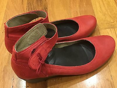 Yokono Shoes Size 41 Leather Wedges Style Red Good Condition