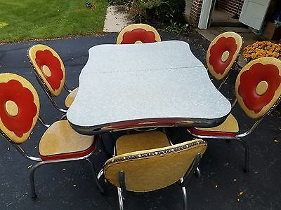 Vintage Kuehne 50s Chrome Cracked Ice Formica Table & 6 Red/Yellow Flower Chairs