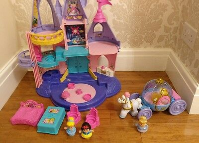 Fisher price little people Disney Princess Palace and Cinderella Carriage