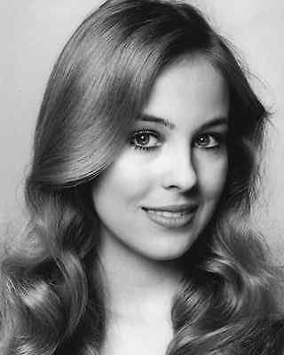 Genie Francis / General Hospital 8 x 10 GLOSSY Photo Picture IMAGE #2