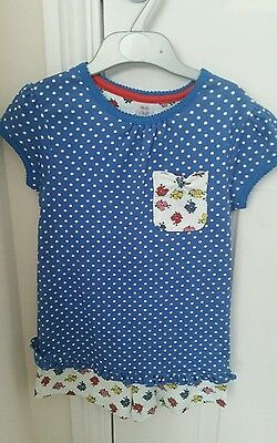 Girls shorts and top set age 5 to 6 brand new
