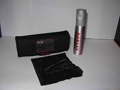 OAKLEY TACTICAL FIELD GEAR Lens Cleaning Kit w/glass tuning tool