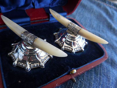 Boxed Pair Antique London c1925 Sterling Silver Mother of Pearl Knife Rests