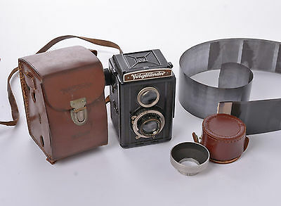 Voigtlander Brillant 120 camera with Voigtar F3.5 7.5cm Lens case and lens hood