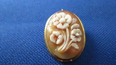 Vintage 18k Yellow Gold Floral Cameo Pin/Pendant