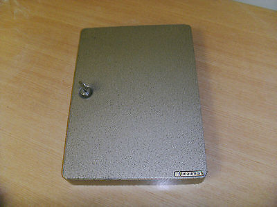 Steel Wall Mountable Key Cabinet Case Lockable Security Box Safe