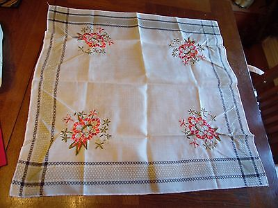 Vintage Smaller 29 Inch By 29 Inch Square Floral  Embroidery Tablecloth
