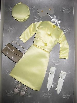 """Franklin Mint Jackie Kennedy Yellow Ensemble 16"""" Doll Clothes Deboxed"""