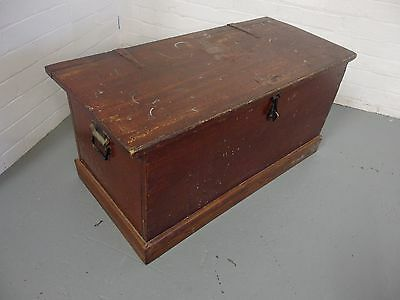 Antique Solid Stained Pine Chest / Trunk / Logs / Toys / Storage / Table