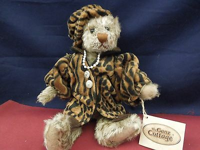 """Ganz Cottage Collection """"Leona"""" 10.5 in"""