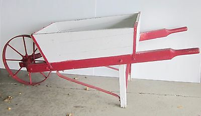 Primitive Christmas Holiday Season Winter Wood Vintage Display Wheelbarrow
