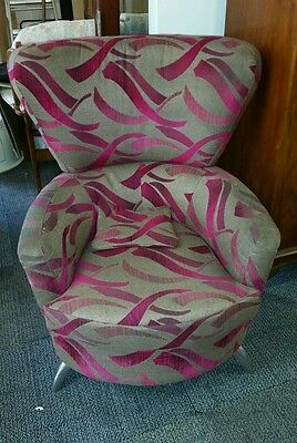 Large retro style tub/wing chair