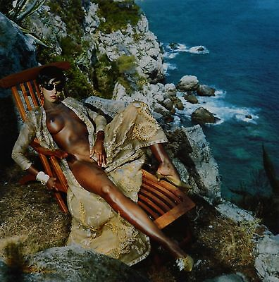 Helmut Newton Sumo Photo 50x70 Supermodel Iman Nude Vogue 1989 Legs coming home