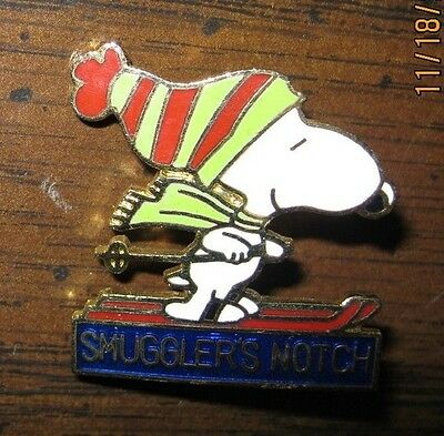 Snoopy Smuggler's Notch Skiing Cloisonne Collector Pin-Vermont FREE SHIPPING