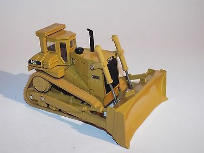 Norscot 1:50 Scale Die Cast Model of a CAT Caterpillar Bulldozer Track Type D10N