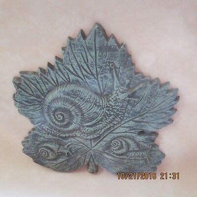 Heavy Vintage Cast Iron Forest Green Plaque 3 Snails on Large Leaf w/Hanger