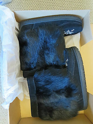 New Womens Manitobah Rosary Spence Woodland Mukluks Size 7 Color Black