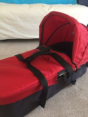 Baby Jogger Carrycot Red And Black Compact Design