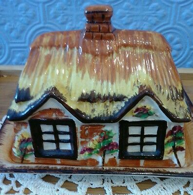 Price Kensington Cottage ware. Cheese Dish 1940's