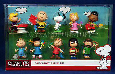 New PEANUTS 10 FIGURE COLLECTOR'S SET Just Play Toy CHARLIE BROWN Snoopy PIG PEN