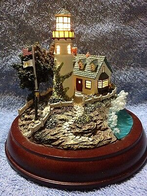 """Thomas Kinkade Lighted Lighthouse """" A Light In The Storm """" Hawthorne Village"""