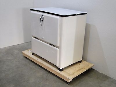 Vintage Retro 'Pilmor' Fridge/ Storage Unit- Industrial  (0537L)