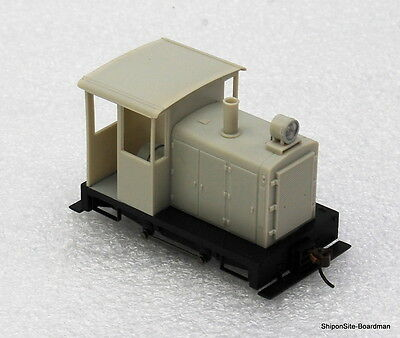 ON30 Gauge #28199 0-4-0 Side Rod Gas Mechanical Locomotive w/DCC