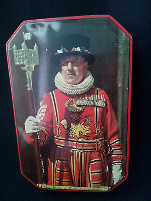 Vintage Fillerys Toffee Tin Beefeater Chief Yeoman Warder Tower of London