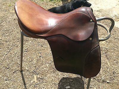 "Stubben 17"" Brown Show Saddle"