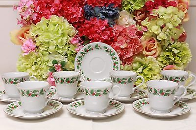 "Liling China, ""Noel"" Holly Garland Christmas Cups/Saucers (7)"