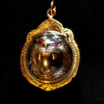 Thai Amulet The red eyes tiger Pendant Magic Charm Protect Power Lucky Rich D06