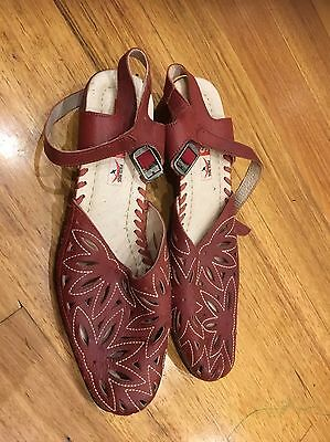 Pikolinos sandals Shoes Size 41 Leather Red Good Condition US Brand