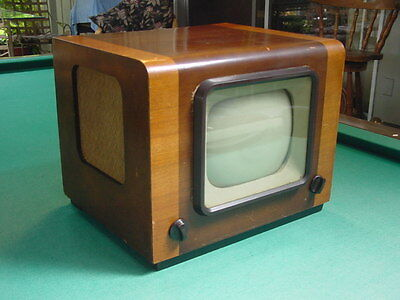 "Vintage 1949 British ""Ferguson"" Model 941T Table Top 9"" TV"