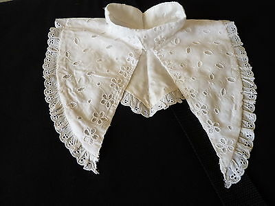 Collerette En Broderie Anglaise  (2744 Bis)
