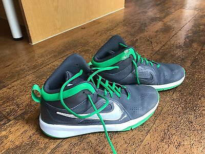 Nike Basketball Shoes Kids Sz 6Y-Used Good Cond