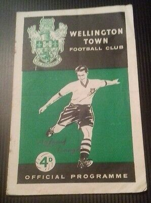 Wellington Town v Stafford Rangers F.A Cup 2nd Qualifying Rd Programme 04/10/58
