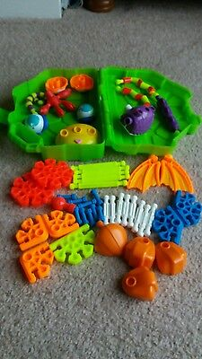 Kid knex and case 50 peices