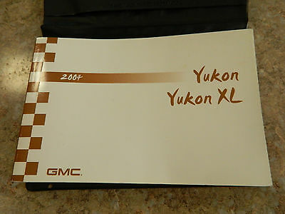 2004 GMC Yukon Owners Manual with Holder