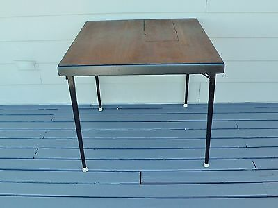 """Table Singer Featherweight Vintage Sewing Foldiing Table 30 """" X 30"""" Card Table"""