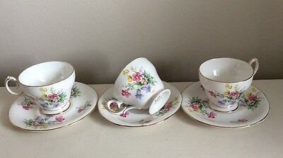 Pretty Vintage Queen Anne Old Country Spray China Cups & Saucers X 3