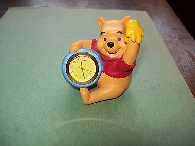 Disney Winnie The Pooh Figurine With Hunny Pot And Round Clock