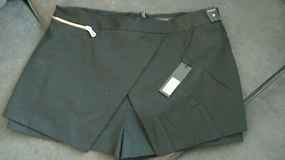 size 18 river island black skirt/shorts. new