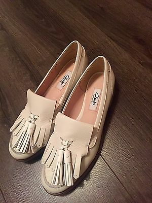Clarks Women Shoes Learher Cream - Brand new- Size 4.5 RTP £70